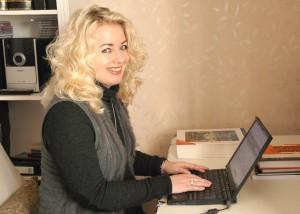 I dag foregår mesteparten av innleveringen av semesteroppgavene på nett, så det er lettere å studere hjemmefra.