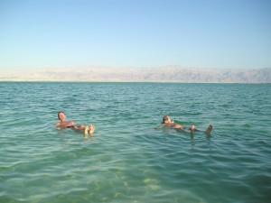 Svømming kunne bare gjøres på ryggen, ellers ble man fort liggende med nesen under vann.