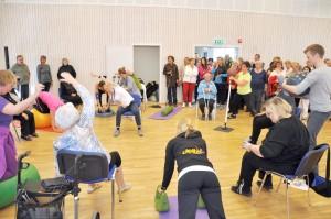 Individuelt tilpasset fysisk trening innebærer trening i sal, både individuelt og i grupper. Foto: Bygdeposten