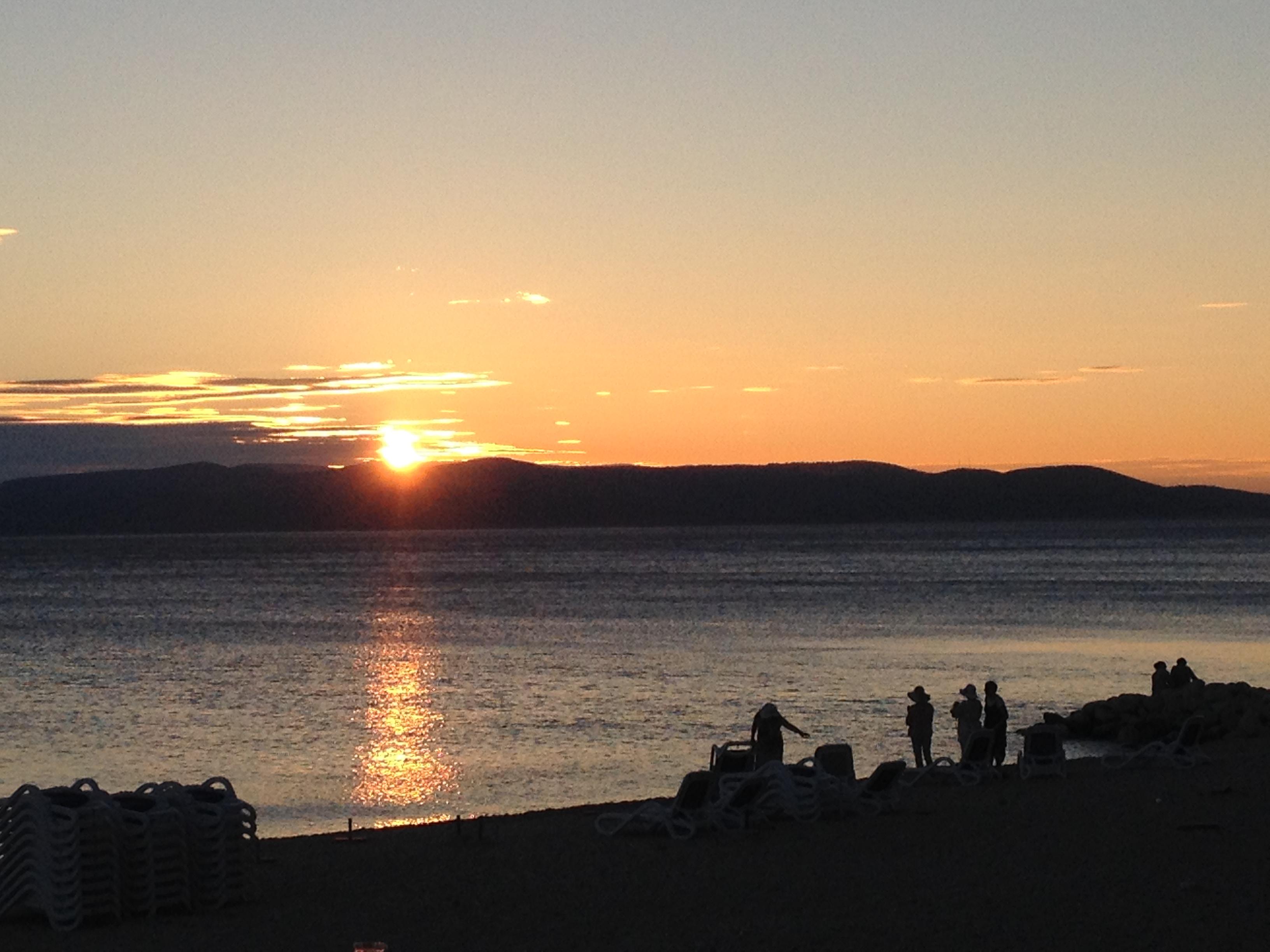 Solnedgang i havet