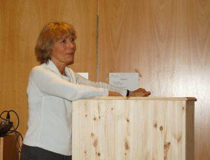 Ellen Ormann ved talerstolen