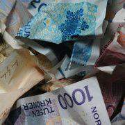krøllete norske pengesedler