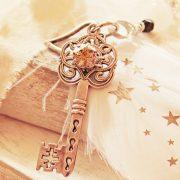 Stor dekorativ nøkkel