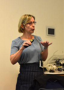 Prof. Emma Dures holder foredrag