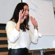 Ann-Christin Hansen holder foredrag