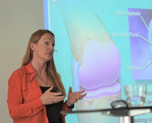 Rikke Helene Moe holder foredrag
