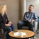 Spafo-leder Lillann Wermskog og Dr. Gunnstein Bakland i samtale