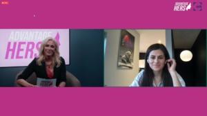 Bilde av PC-skjerm med webinarleder som intervjuer revmatologAnita Kåss