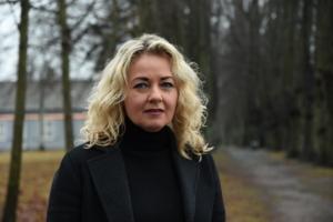Portrettbilde av alvorlig Lillann Wermskog